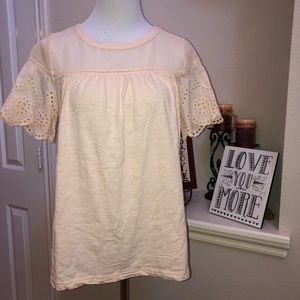 Doe & Rae cream colored top, Size Small